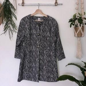 CAbi Black/white long jacket size L